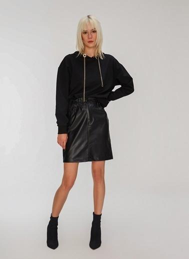 People By Fabrika Zincir Detaylı Sweatshirt Siyah